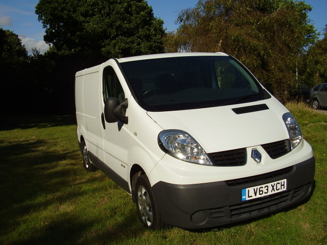 2014 (63) RENAULT TRAFIC SL27 DCi 115 £6,950.00 1995cc, 6 speed