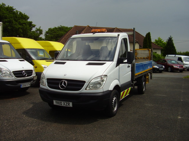 2010 MERCEDES SPRINTER 313 CDi £6,950.00 dropside tail-lift truck